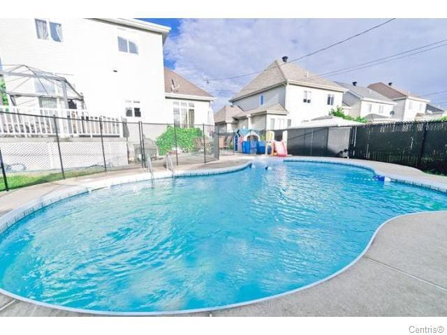 Luxury Living in Laval (Ste-Dorothee) - Laval - Pis