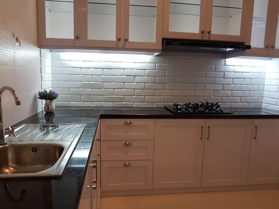 new minimalist kitchen set
