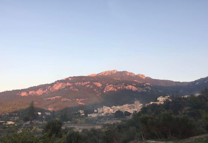 Vue sur Estellencs