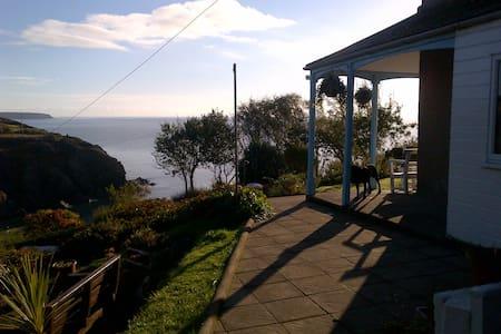 Bed and breakfast, magical fishing cove, twin room - Cornwall - Inap sarapan