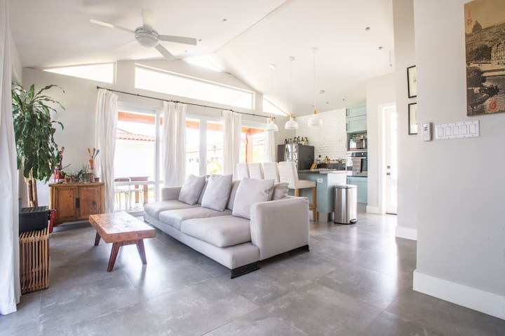 Venao 2BR Luxury Villa just steps from the beach