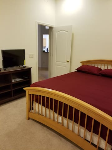 This bed room 1 has Cable TV and internet.