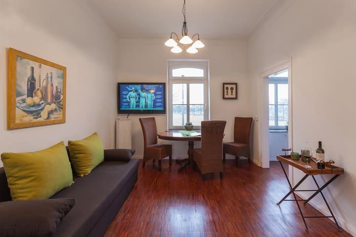 Stilvoll, komfortabel und gemütlich - Krefeld - Квартира