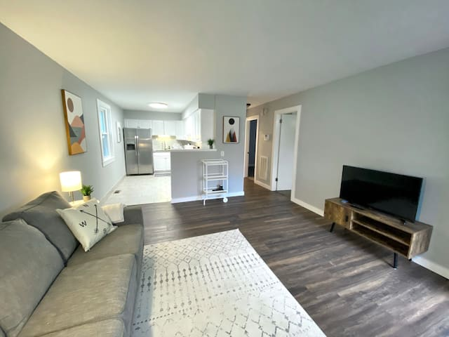 East Nashville Monthly Condo in Riverside Village