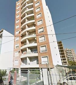 Moron, privilegiada ubicacion - Morón - Apartment