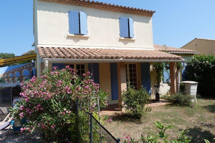 maison facile à vivre - Saint-Siffret - Daire