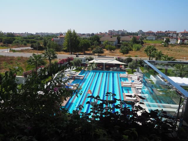 One bedroom pool view apartment in a luxury hotel - Evrenseki Belediyesi - Departamento