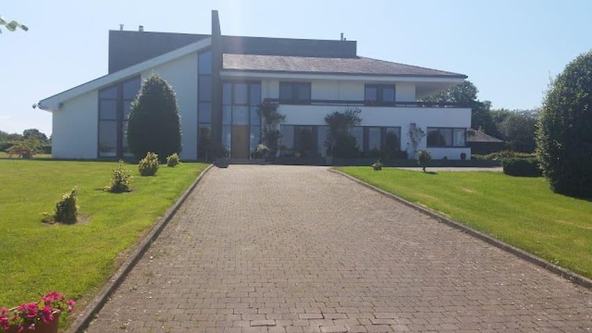 Hazelwood Country House