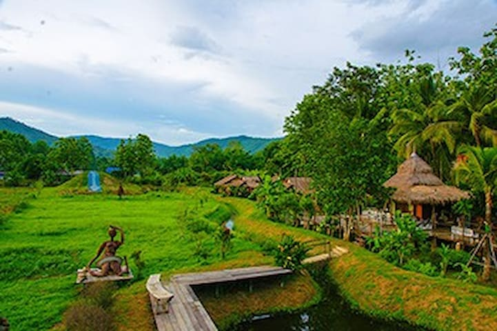 Relive Resort#3 - Chiang Mai - Bed & Breakfast