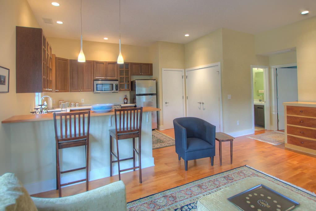 Grove Avenue Gem Apartments For Rent In Charlottesville Virginia United States