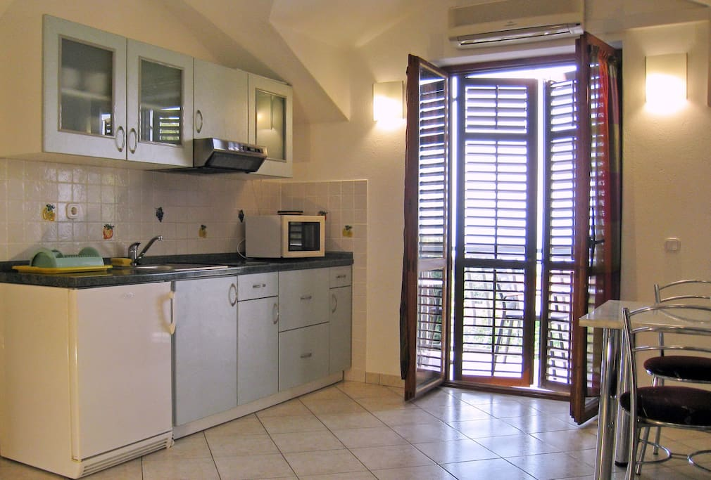 Kitchen and dining part