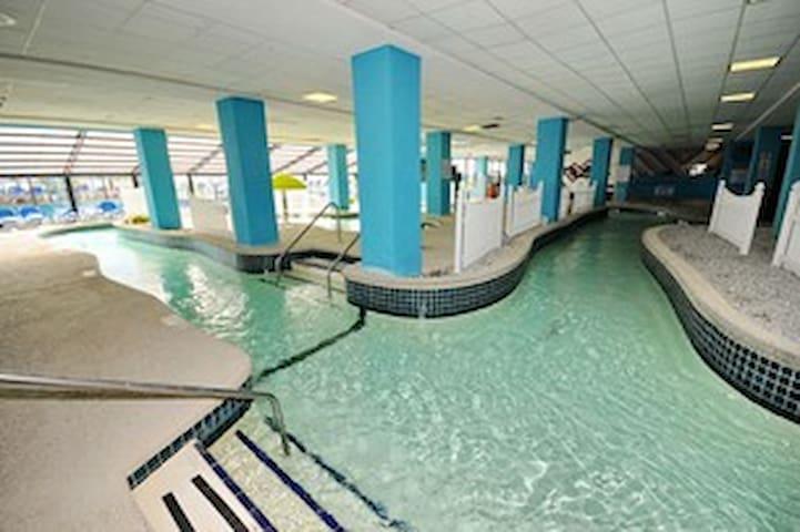 300' indoor lazy river ride