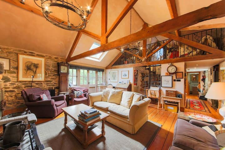 Rustic Barn Conversion, Helford Passage Nr Falmouth