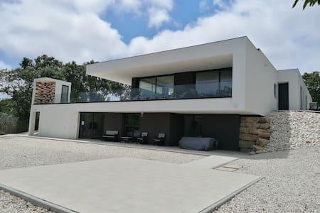 Villa casa Tranquilespiral  (corona-safe) Alcobaca
