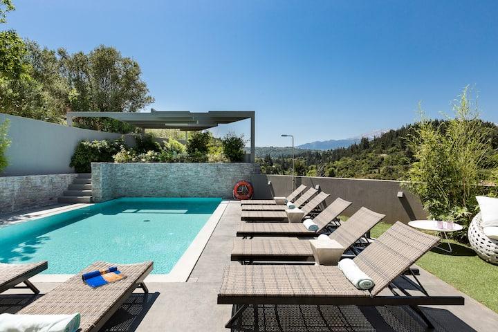Villa Blanche, Top quality villa in the Nature!