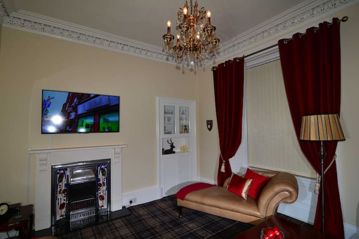 Luxury Victorian House, step back in time! - Girvan - House