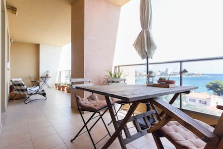 Room with lovely sea view - Appartement