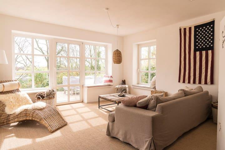 Gästsuite in Düsternbrook mit Küche und Aussicht
