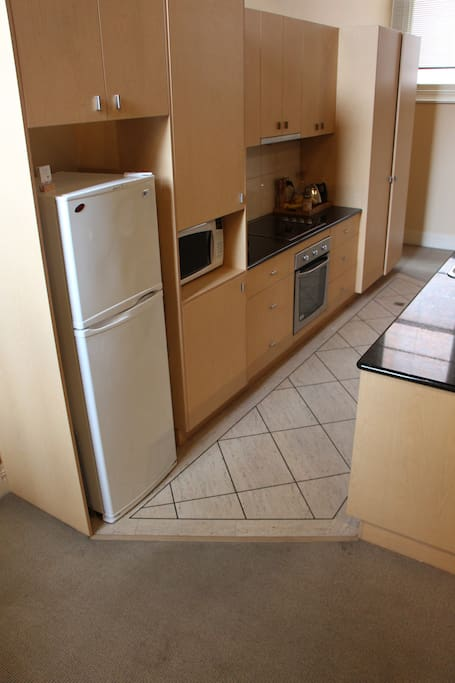 Self-contained kitchen