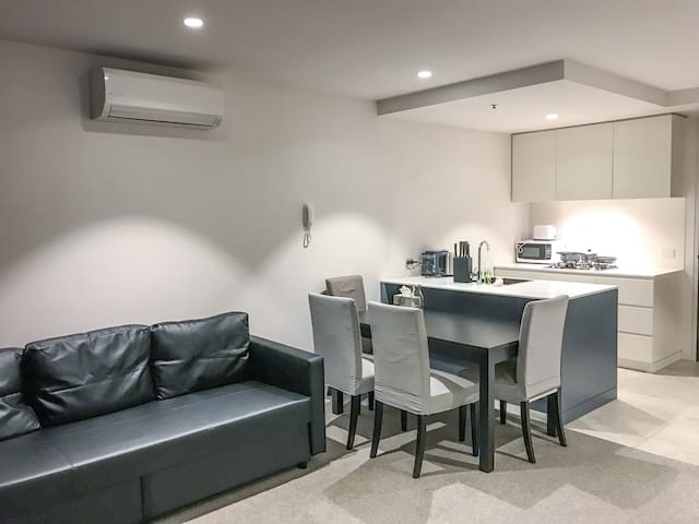 2Bedroom at Heart of Collingwood Free Parking&Wifi
