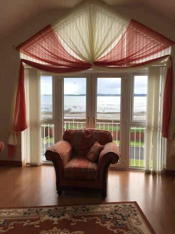 Home in Carrickfergus  with wonderful  sea views