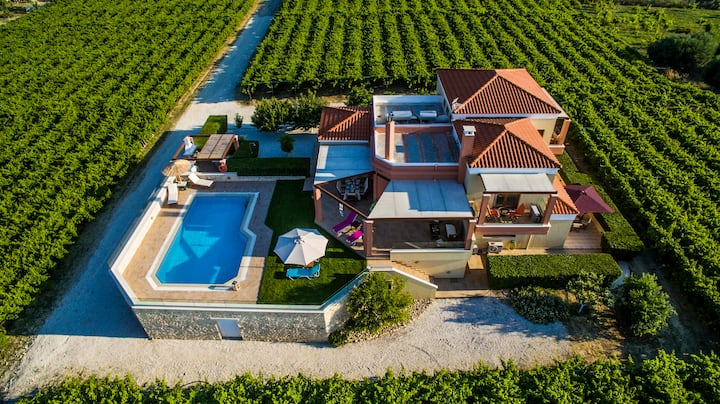 Cretan Vineyard Hill Villa