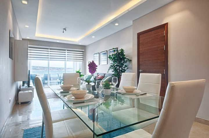 Luxury Waterfront Apartment at Mellieha Bay