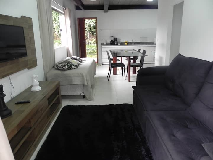 Apartamento Centro de Petrópolis-Amarelo