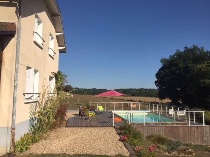 maison avec piscine au coeur du Limousin