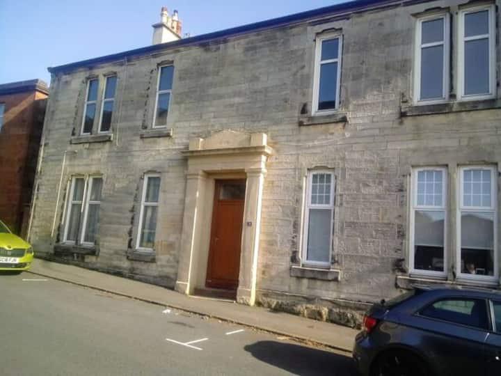 Ground Floor 2 Bedroom Flat in West Kilbride.