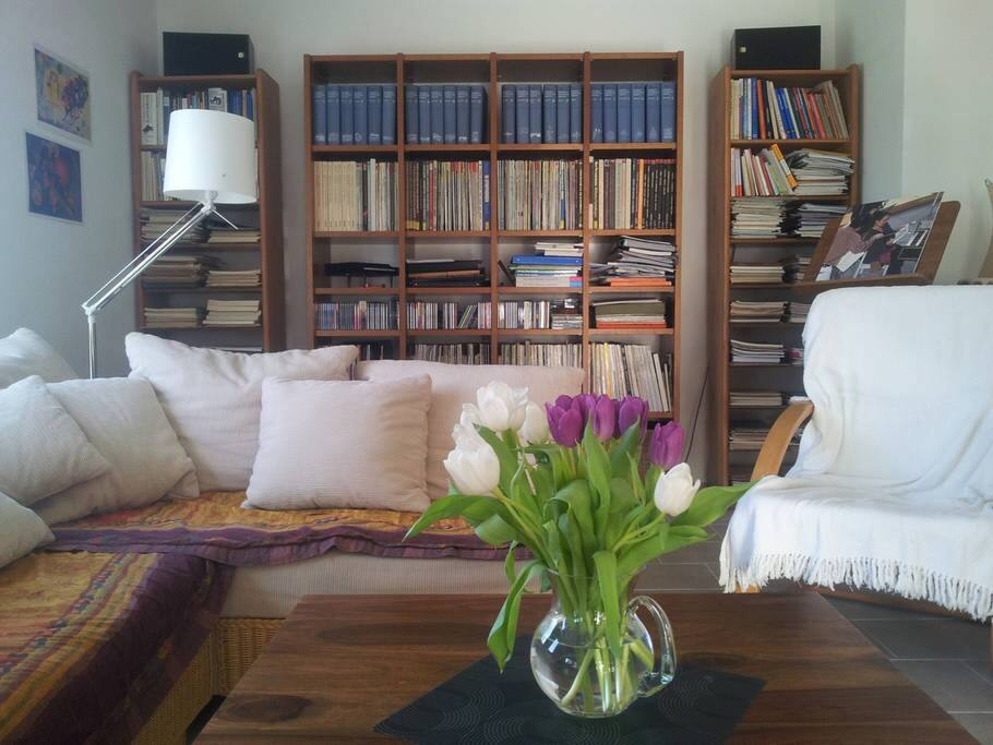 Sofa-Ecke im Wohnbereich.