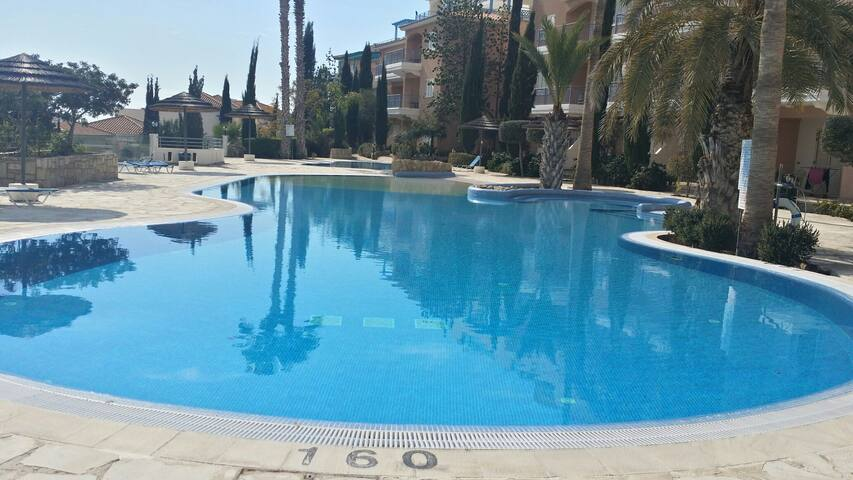 Sea view Paphos 2 bedroom Apartment - Yeroskipou - Appartamento