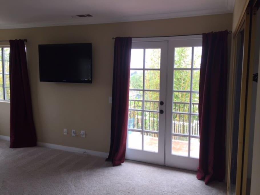 Balcony Door / TV