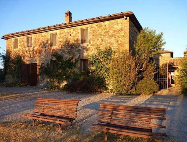The Olive Tree  Farmhouse - Vico D'arbia - House