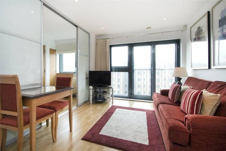 Modern flat for 1-3 people in Stratford - Лондон