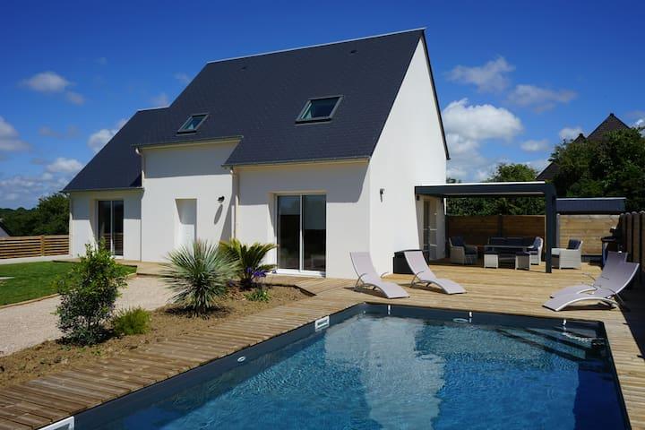 "Villa ""L'Effet Mer"" avec piscine privée et sauna"