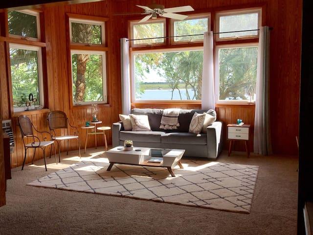 The Magnolia House on Salt Run - Salt Run Studio
