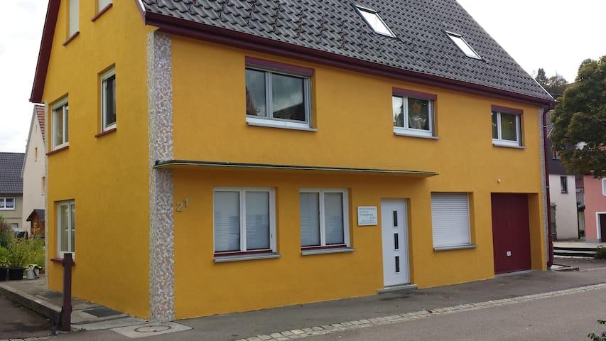 Ferienwohnung Traufgang & mehr - Albstadt - Appartement