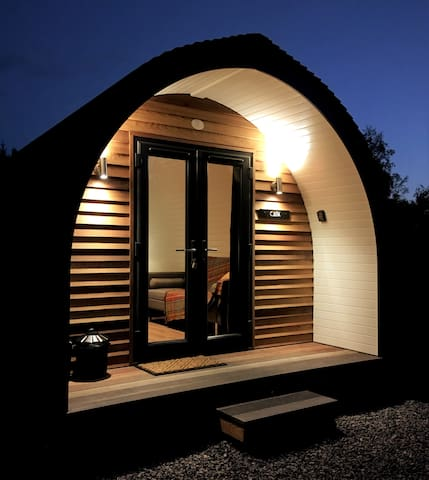 LUXURY GLAMPING POD (4) NEAR INVERNESS & AVIEMORE