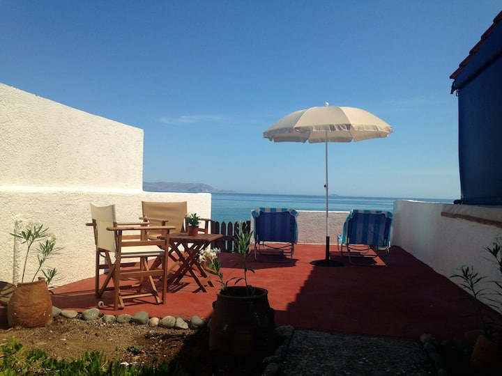 Asteri Traditional Apartment, Seafront