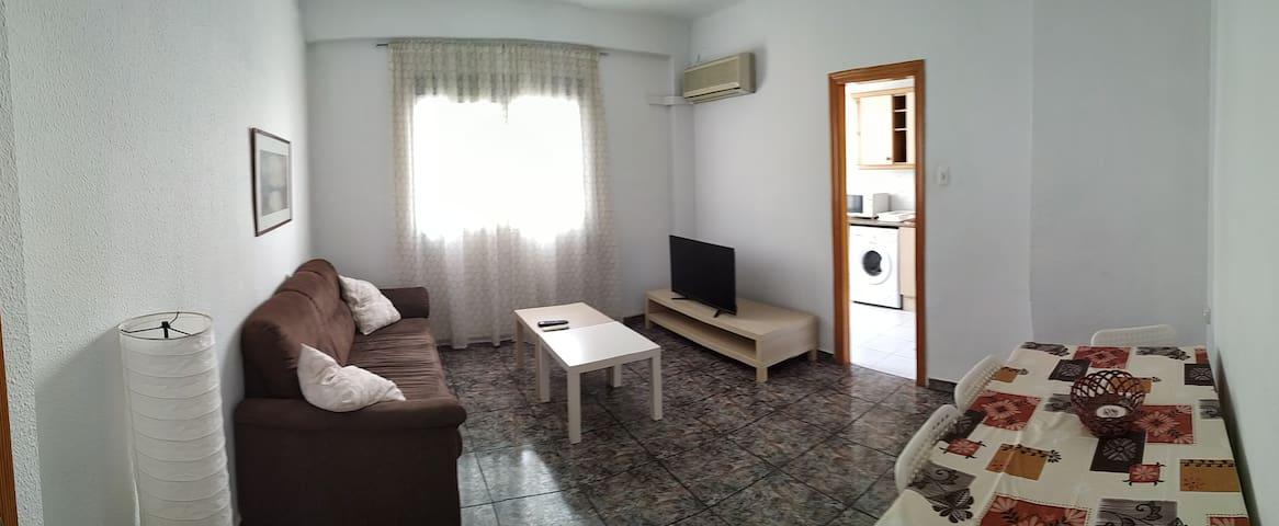 Excelente apartamento cerca de la playa (BENIMACL)