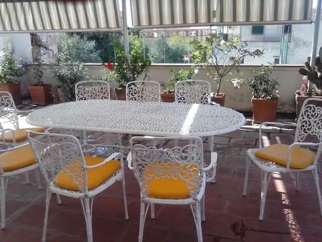 Room-breakfast near Sorrento-Pompei