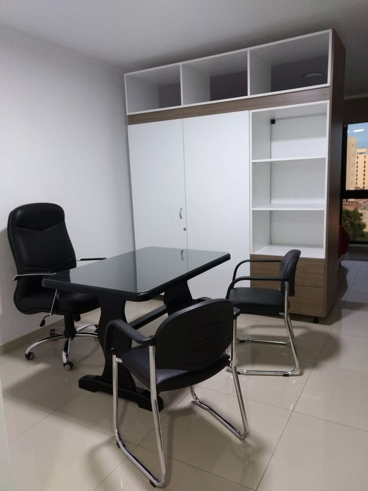 Con OFICINA incorporada, Buena vista, Edificio New