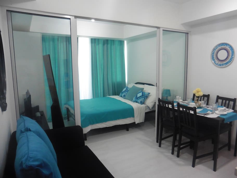 Azure Beachfront 1 Bedroom Condo Condominiums For Rent In Para Aque Metro Manila Philippines