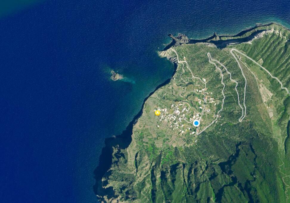 where we are located ( pollara)
