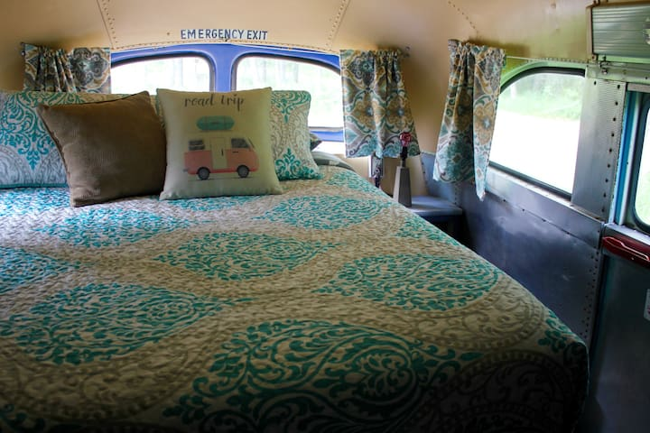 Bus 49! Cozy, vintage converted bus!