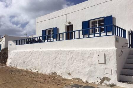 Casa La Playa en La Graciosa - Caleta del Sebo - 独立屋