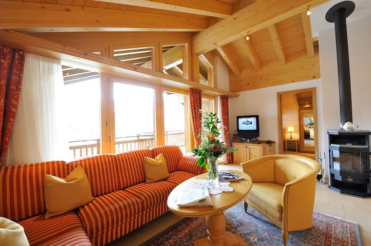Living room with great view to the majestic Matterhorn