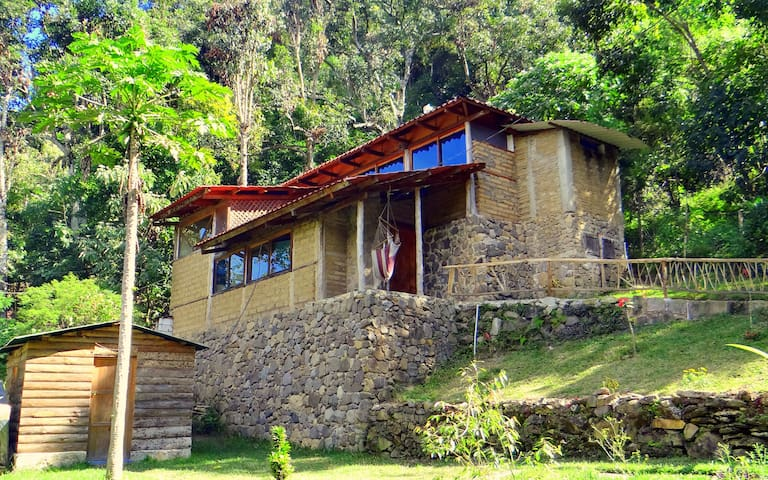 Ecological bungalow with garden view