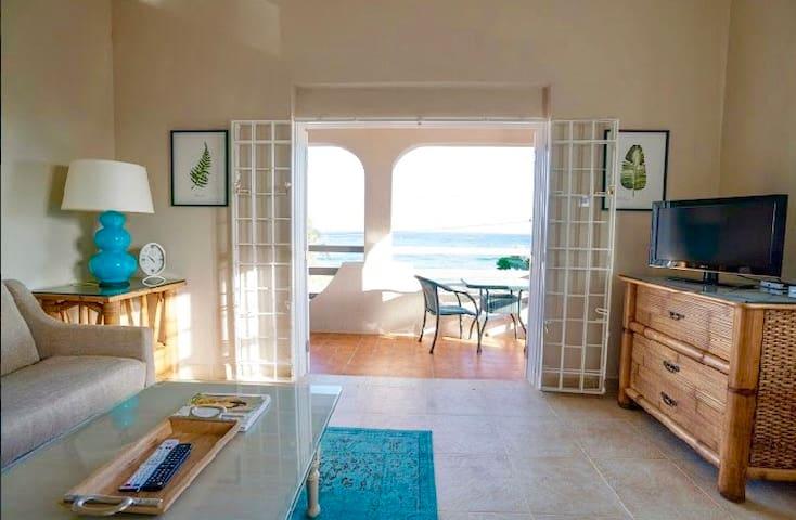 Ocean facing living room